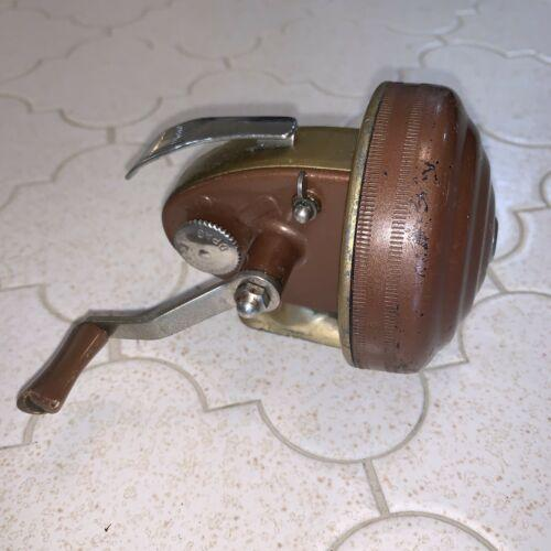 WRIGHT & MCGILL EAGLE CLAW STREAM & LAKE MODEL 88A SPIN CASTING REEL Vintage