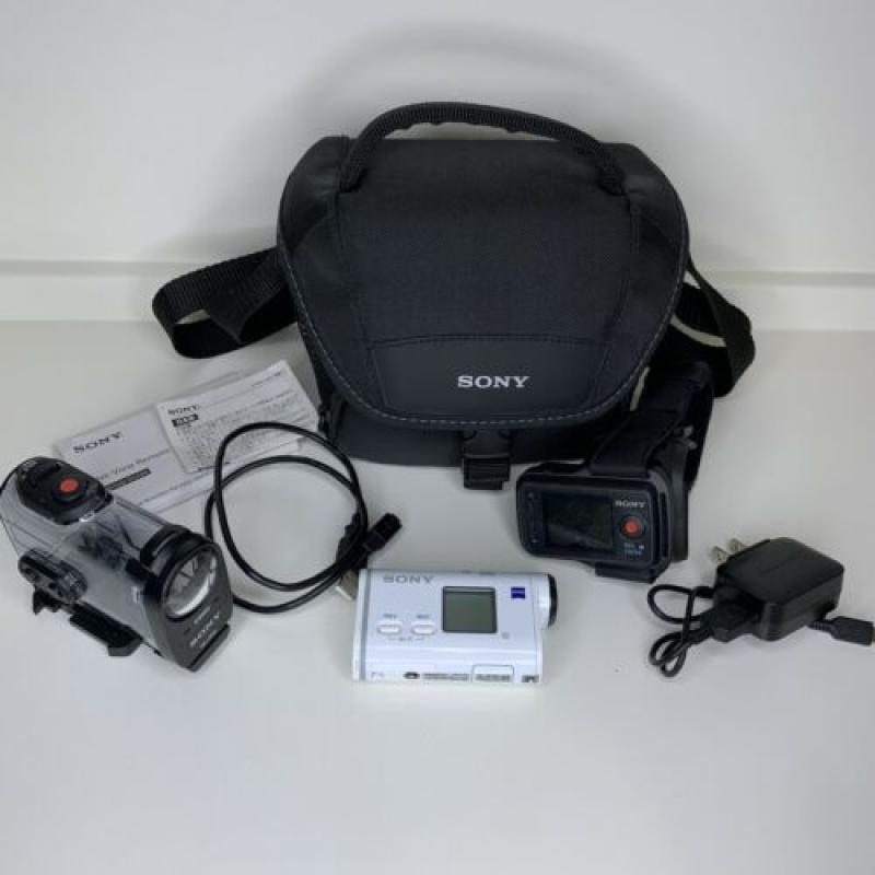 Sony FDR-X1000V 4K Action Cam with Live View Remote Bag Waterproof Case Bundle