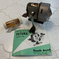 Vintage South Bend Futura 101 Spin Cast Reel w/ Key, Manual, & Lube Oil